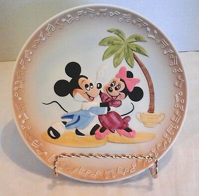 Walt Disney Mickey & Minnie Mouse at the Dance collection plate Disneyland