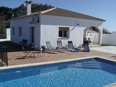 Great Villa in Spain, 3 beds, Pool, air-con, Wi-fi, TV - 1 hr to Malaga airport