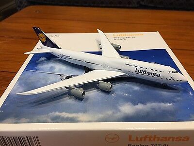 Lufthansa Boeing 747-8i D-ABYA Aircraft Model 1:500 Scale Herpa VERY RARE NEW