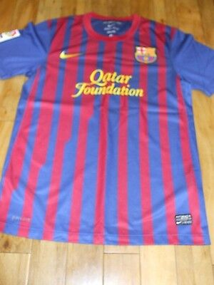 GENUINE BARCELONA FOOTBALL SHIRT MESSI 10 size S