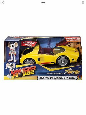 Danger Mouse 11176 Mark IV Danger Car With Exclusive Danger Mouse Figure BNIB