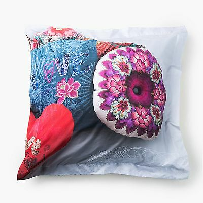 Taie d'oreiller carrée MESSY BED RIGHT  Desigual