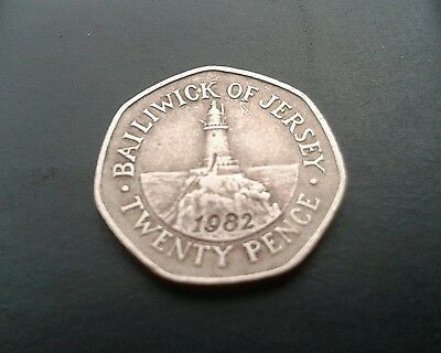 Very Rare 20P (Twenty Pence) Coin Baliwick Of Jersey 1982 Date On Front Of Coin