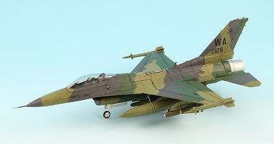 Hobby Master HA3816 Lockheed F-16C Fighting Falcon, Close Air Support , Vipers