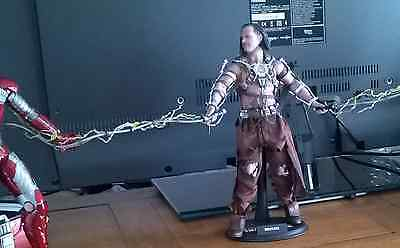 Hot toys WHIPLASH MMS 121 Iron Man 2 1/6