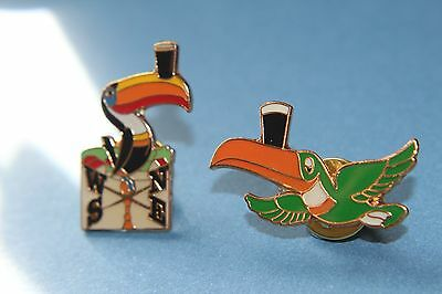 1 Guinness toucan weather vane +green flying tocan lapel enamel pin/Pin Badge.