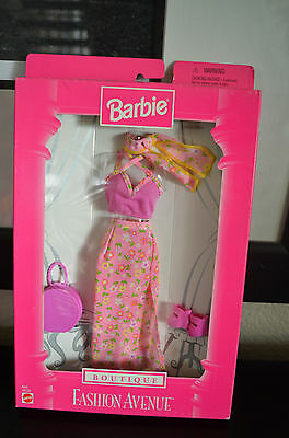 """Barbie Fashion Avenue """"Boutique"""" 1998 Floral Skirt, Tank Top and Scarf"""