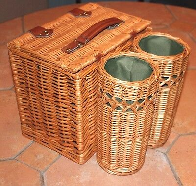Picnic Time Wicker Vino Picnic Basket with Wine Bottle Carriers. Very Nice Quali