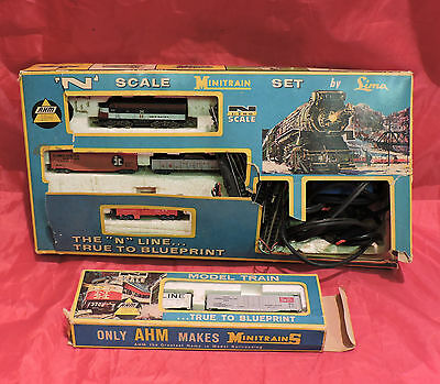Vintage Ahm Lima Mini Train Set N Scale 4606F New Haven Lightning Bolt Express