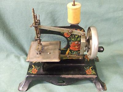 Toy   Sewing Machine   All  Metal