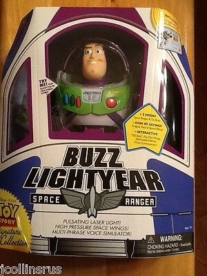 """TOY STORY Signature Collection 12"""" ACTION FIGURE BUZZ LIGHTYEAR Spaceship box"""