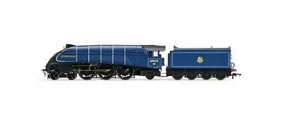 Hornby R3320, BR 4-6-2 'Golden Eagle' A4 Class - Early BR
