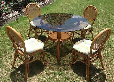 Cane Table With Glass Top & 4 Chairs In Good Condition