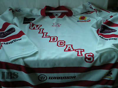 A New Swindon Wildcats Ice Hockey Long Sleeved Jumper -No. 19 Nell Sized 4x