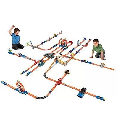 Hot Wheels Track Builder Total Turbo Takeover Track Set New FREE 2-3 Day Ship