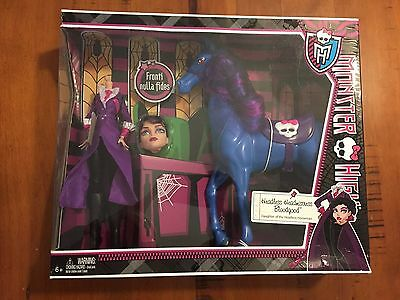 Monster High Headless Headmistress Bloodgood Doll with Nightmare New in Box