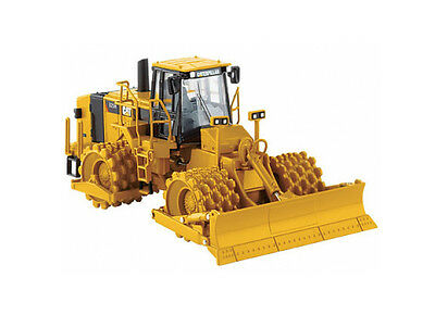 CAT 825H Soil Compactor Diecast Model Compactor 55165
