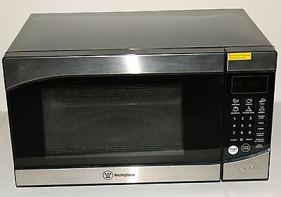 Westinghouse 900 Watt Turntable Compact Stainless/Black Microwave Oven WM009