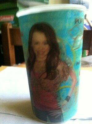 Hannah Montana Drinking cup HANNAH MONTANA HOLOGRAPHIC CUP