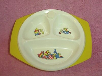 Vintage Winnie Pooh Plastic Child's Divided Hot Water Warming Bowl Dish