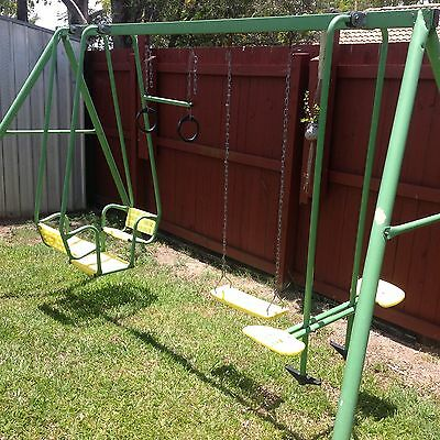 Swing Set Hills 4 Activity Swing Set (Labrador)