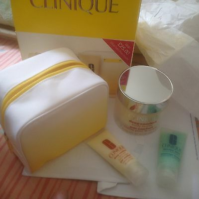 Clinique Deep Body Butter Gift SET/3-ITEMS +COSMETIC BAG/HOLIDAYS/NEW YEAR GIFT