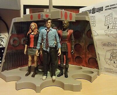 Doctor Who Junkyard TARDIS PLAYSET plus 5-inch Figures of 11th Dr, Amy & Restac