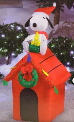 New Peanuts SNOOPY Woodstock  Dog House Lighted Christmas Airblown Inflatable