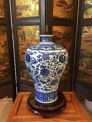 44CM Reproduced Antique Chinese Blue-and-white Flowery Vase