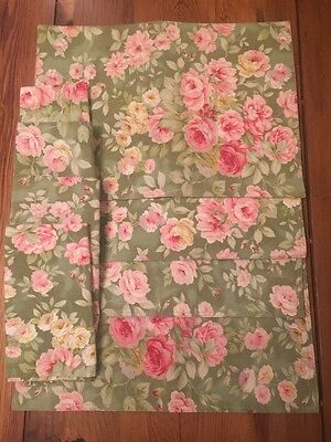 Lot of 4 ROSE FLORAL Shabby Cottage PLACEMATS & 4 Matching NAPKINS