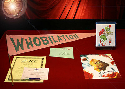 GRINCH Jim Carrey Prop WHO FLAG & MAIL, SIGNED PP Pic, Blu DVD, COA & More, UACC
