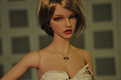 Resin Figures BJD Fashion Girl Free Eyes and Face Up SIZE 1/3---PEACH SKIN