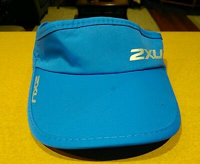 2XU New Design Unisex Performance Sun Visor/Cap with Adjustable Strap. Vic 3805