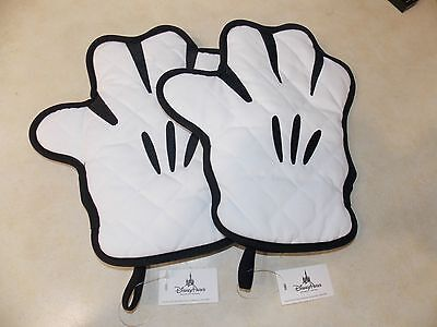 (2) Disney Parks Mickey Mouse Body Parts Pot Holder Hand Oven Mitt Glove Hot NEW