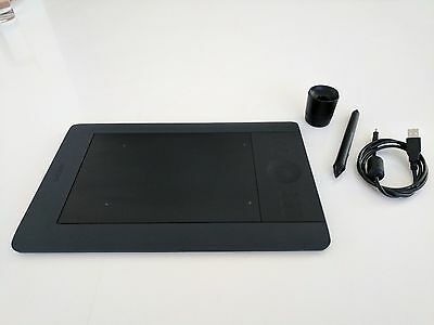 Wacom Intuos5 Touch Small Pen Tablet (PTH-450) ** Very Good Condition **