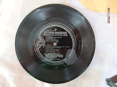 Alice Cooper/NME Give Away flexi-disc single from February 1973