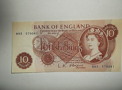 UK 10 shilling Note LK O'Brien 3 of 8 notes in connecting series