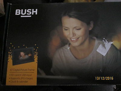 Bush 10 Inch USB/SD Digital Photo Frame excellent condition  - Black