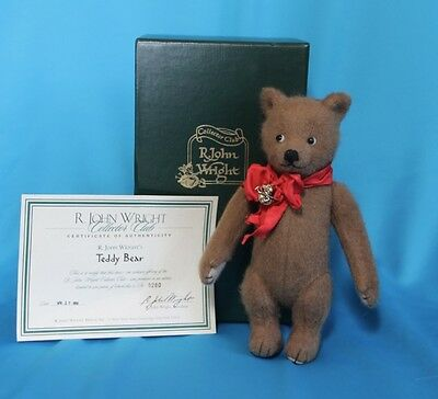 Teddy Bear Artist R J Wright Collector Club 1998 w/ Certificate of  Autheticity