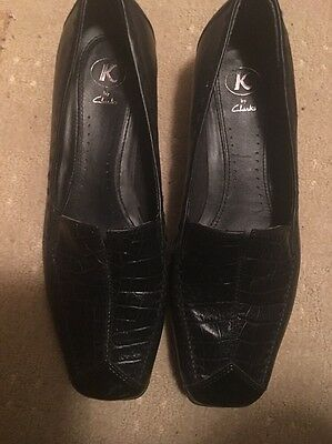 Ladies K Shoes By Clarke Size 5.5 Leather Slip ONS  Black