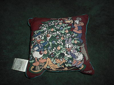 Disney Donald & Daisy Duck, Goofy & Pluto Pillow...nwot