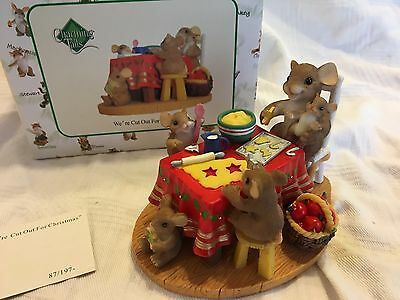 """Charming Tails """"WE'RE CUT OUT FOR CHRISTMAS"""" DEAN GRIFF CHRISTMAS MOUSE"""