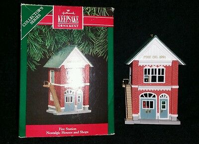 "Hallmark ""Fire Station"" 1991 Collector's Series #8 Keepsake Ornament"