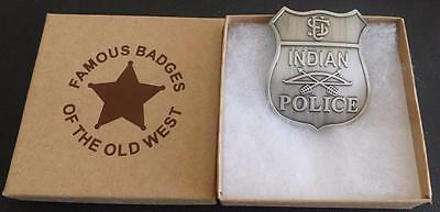 U.S Indian Police Badge ** Silver Plated ** Made In USA  Bow/Arrow Design PH006