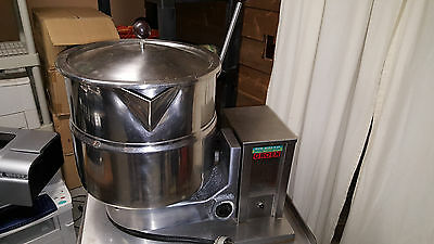 Groen Tdb/4-40 Steam Jacketed Manual Tilt Kettle 10 Gallon 40 Quart