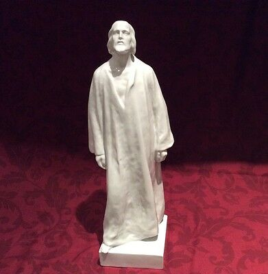 HEREND FIGURINE 46.5 Cms TALL OF JESUS CHRIST IN PERFECT CONDITION