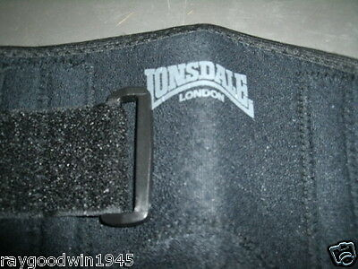 One Lonsdale Two Velcro Straps  Knee Support Fits All
