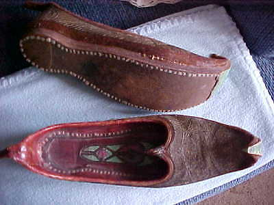 Antique Aladdin Type Shoes In Excellent Condition Pointed Toes Hand Made Fancy