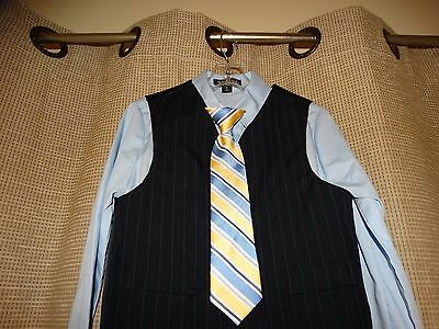 NWOT new GEORGE Boys sz 5 4 piece suit tie shirt vest pants pale blue yellow