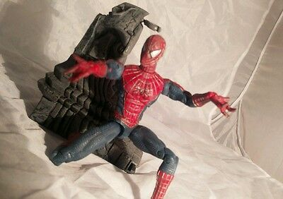 Spider-Man Movie Super Posable Spiderman Action Figure With Gargoyle Ledge